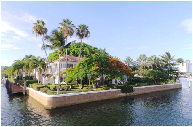 The canals of Fort Lauderdale